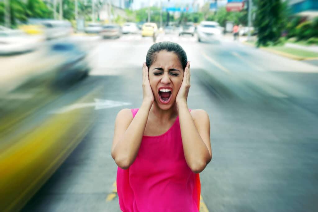 Causas de la contaminación auditiva